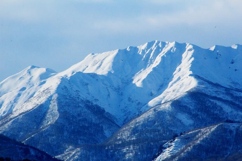 冠雪の谷川岳