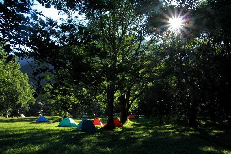 徳沢キャンプ場の朝