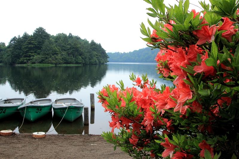 夕暮れの湯ノ湖